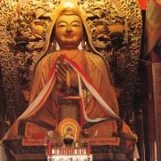 雍和宫供奉的宗喀巴大师像