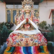 尊贵的詹杜固仁波切供养给甘丹萨济寺的5尺观自在佛像